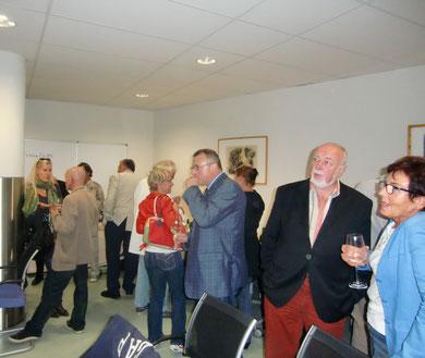 Publikum bei der Veranstaltung - Fotoausstellung