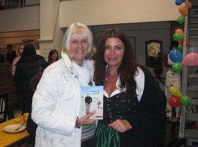 Susanne und Verlagsvorsteherin Anita Keiper