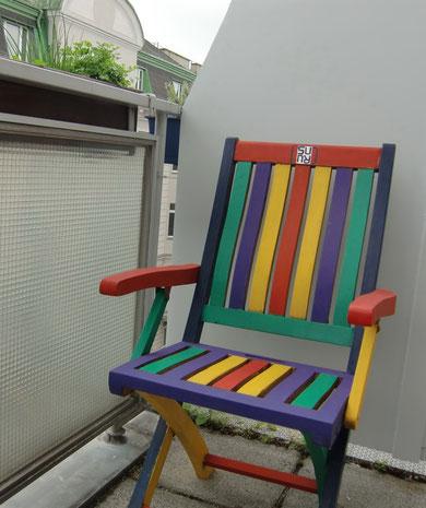 Handbemalter Sessel Design SURU