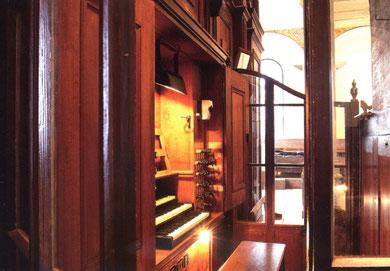 Console de l'orgue historique de Barr