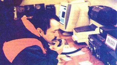 Космонавту Михаилу Тюрину еще предстоит побывать на МКС, поэтому беседы в неофициальной    обстановке с коллегами, находящимися на борту, для него особенно интересны.