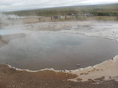 L'Islande est parsemée de sources d'eau chaude (E. Gillon)