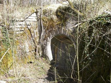 Zugemauerter Nebeneingang