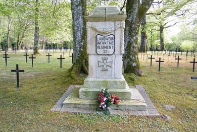 Verdun, Verdunbilder, Rene Reuter, Soldatenfriedhof Apremont, 1. Weltkrieg, Argonnen