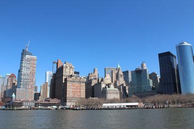 船から見たマンハッタン島
