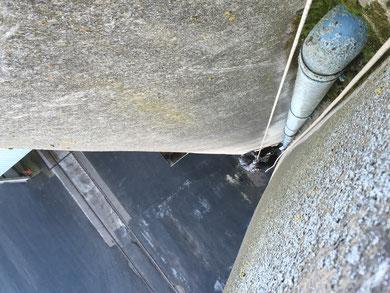 Raccordement descente d'eau sur silo béton