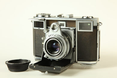 ZEISS Ikon Contessa  ©  engel-art.ch