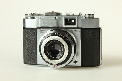 ZEISS Ikon Contina-matic III  ©  engel-art.ch