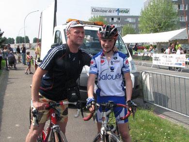 Christophe MALOIGNE et son fils Louis à ETREPAGNY / GISORS le 24 Avril 2011