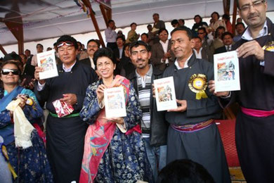 with Ladakh Government Officials at Ladakh Festival on September 1, 2009