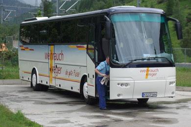 """""""unser"""" Bus wird für die nächste Fahrt vorbereitet."""