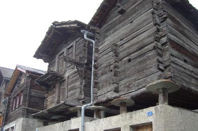 abseits der Touri - Ströme in Zermatt