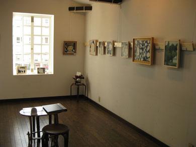 """Solo exhibition """"光をさがす旅"""" at Cafe ぼへみあん, Wakayama 2011"""