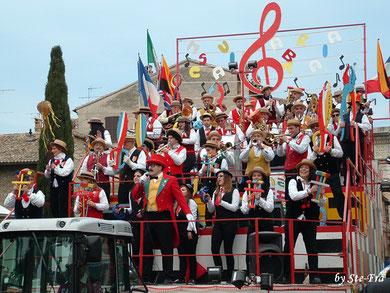 Clicca sulla foto per vedere le foto dei 90 anni della Musica Arabita.