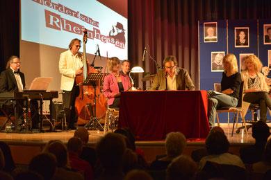 Im zweiten Teil präsentierten die Mörderischen Rheinhessen ihre Kürzestkrimis ...