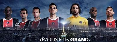 Une affiche à la gloire du Paris Saint-Germain ayant arpenté les rues de Paris