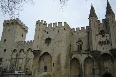 donc promenade - photo vers le palais des Papes
