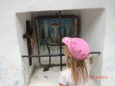 Ein Bildstock nahe seines Hauses im Trentatal erinnert heute noch an das Unglück von Anton Tozbar