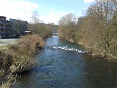 Ruhr unterhalb der Holzbrücke  (oberhalb Rathaus Neheim Hüsten)
