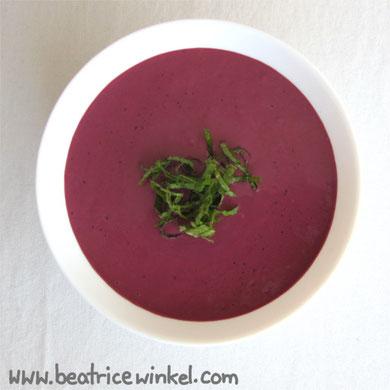 Beatrice Winkel - berry marzipan soup