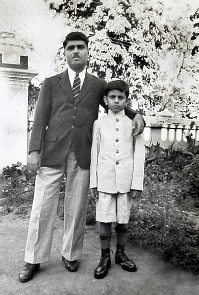 Eruch and Meherwan Jessawala in the late 1930's or early 1940's. Courtesy of the Jessawala Collection - AMB Archives, Meherabad, India.