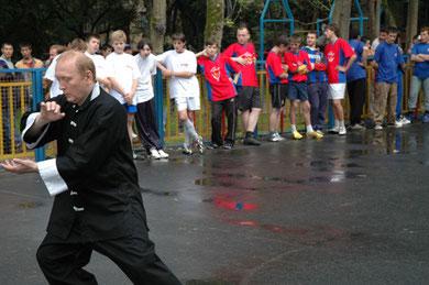 """""""Сокол против наркотиков 2006"""". Показательное выступление председателя НСНБР А.Г.Огнивцева.Нажмите фото."""