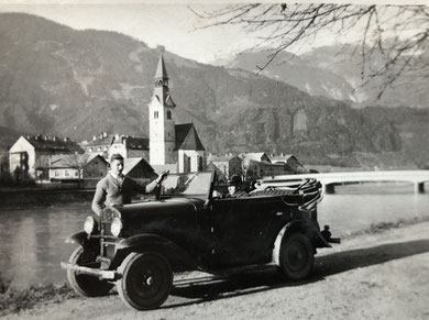 die Familie Schaller war eine der ersten Schwazer Familien mit einem Auto, Taxidienste wurden angeboten