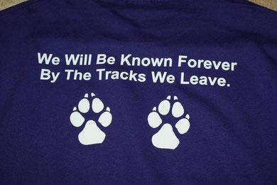 Rückseite vom lila Shirt!