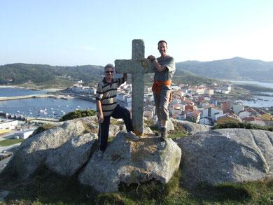 Das Ende meines Camino de Llevante: Das Steinkreuz hoch über Muxía