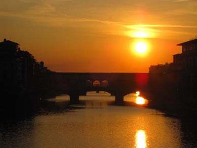 とっておきの夕日。ポンテ・ヴェッキオにて。