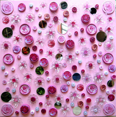 Vivir sobre un lecho de...rosas.Collage con material reciclado.agatadeargentina