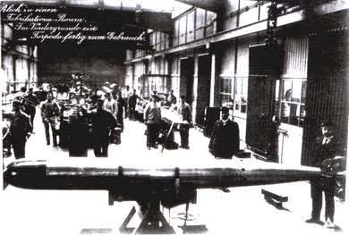 Blick in einen Fabrikationsraum (Foto: Museum für Meereskunde, Berlin 1917)