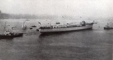 """Stapellauf Leichter Kreuzer """"Graudenz"""" 25.10.1913 (Foto: Kaiserliche Werft Kiel)"""