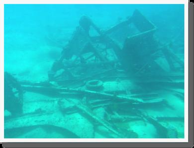 潜水艦 難破したスペイン船をみた
