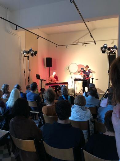 Elena Schmidt - Arras und Klaus Frech am 21.9.19 im KIME Bühnenraum