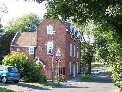 Hole Farm - most of the surrounding land is occupied by the Bournville housing estate. © Copyright Adrian Bailey licensed for reuse under Creative Commons Licence Attribution-Share Alike 2.0. Geograph OS reference SP0380.