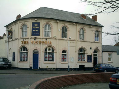 The Victoria, Cattell Road. Image courtesy of David Fisher - All Rights Reserved. See Acknowledgements for a link to David Fisher's blog, Brummages.. (or What Is It Like Now?). The pub is currently empty and boarded up.