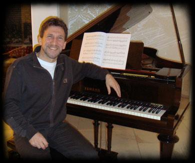 Klavierlehrer und aktiver Pianist im Kölner Norden - Reimund Merkens