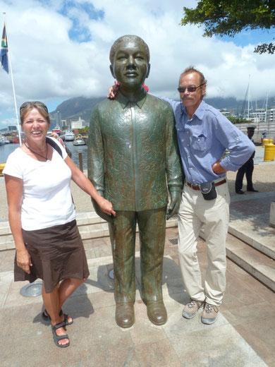 Mandela mit Touris