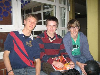 Mutig, mutig: Phillpp Schmalz, Torben Jähnsch und Lukas Leithäuser (von links) planen eine Pausenliga