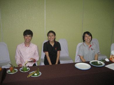 Ohne Unterstützung geht es nciht: Einige Helfer des YMCA Chiang Mai