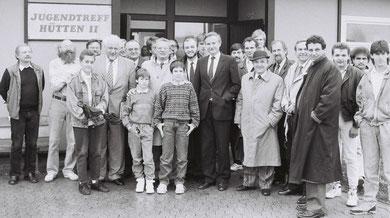 Dr. Horst Waffenschmidt (9. von links)