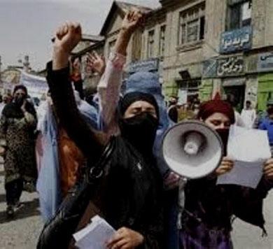 Demo i Kabul mod Taleban og Karzai-regeringen