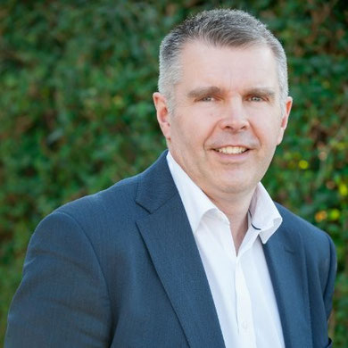 Mike Perry, independent Financial protection consultant Wheathampstead businesses, hertfordshire