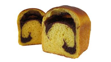 かぼちゃとココアクリームのパン