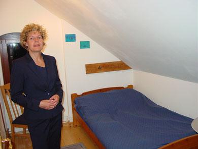 Blaues-Zimmer mit Doppelbett