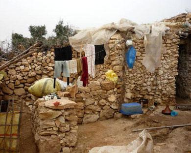 Innenansicht Wohnrau, keine Sanitären Anlagen, kein Dach