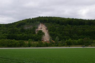 Reste des Tunnels nach der Sprengung