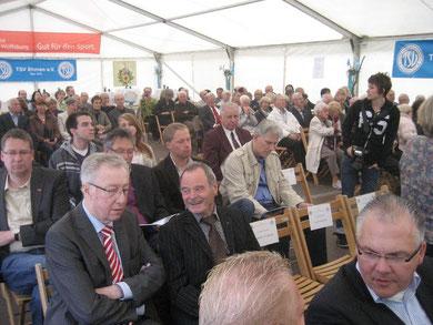 Viele Gäste aus Sport, Politik, Verwaltung, Vereinsleben und Wrtschaft kamen zum Festakt