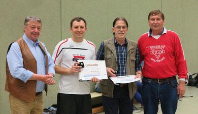 Bürgermeister Günter Lach (von links), Artur Stark, Ferdinand Uecker und Manfred Wille